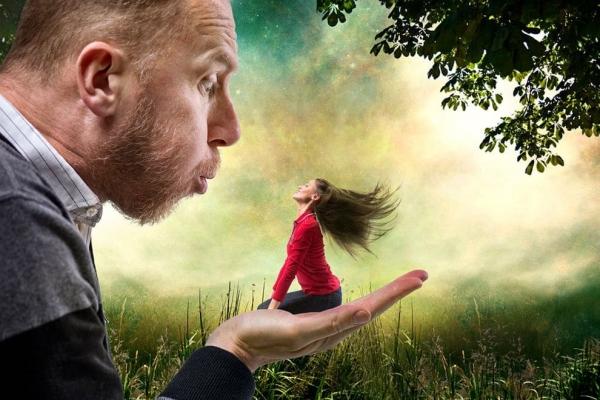БОЛЕЗНЬ РОСТА ПО ИМЕНИ ДИМОКРАТИЯ: КАК ИЗБАВИТЬСЯ ОТ ВЛАСТИ МУЖЧИН
