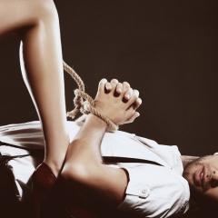 МОЛОТ ВЕДЬМ: ЖЕНСКАЯ ВЕРСИЯ. КАК ЭФФЕКТИВНЕЕ ВСЕГО ПЫТАТЬ ЛЮБИМОГО ЧЕЛОВЕКА