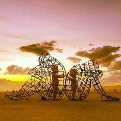 МЕНЯ СЛИШКОМ МНОГО: КАК НАУЧИТЬСЯ СОВМЕСТНОМУ ПРОЖИВАНИЮ